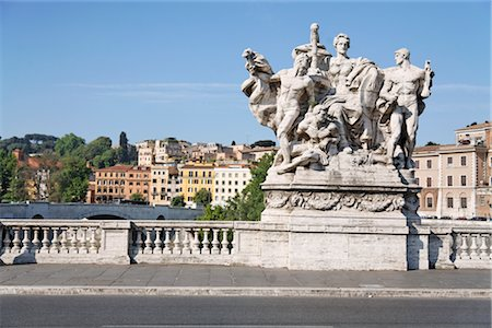 Statue on Ponte Vittorio Emanuele II, Rome, Italy Stock Photo - Premium Royalty-Free, Code: 600-03015032