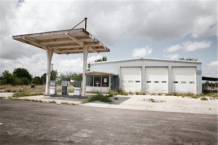 Gas Station, Marathon, Texas, USA Stock Photo - Premium Royalty-Free, Code: 600-03017367