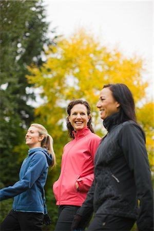 Women Walking in Autumn, Seattle, Washington, USA Stock Photo - Premium Royalty-Free, Code: 600-03017952