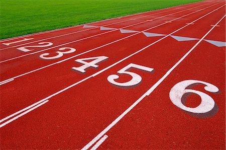 finish line - Track Stock Photo - Premium Royalty-Free, Code: 600-03152289