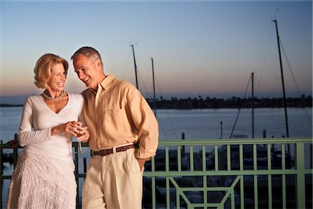 Portrait of Couple Outdoors, Florida, USA Stock Photo - Premium Royalty-Free, Code: 600-03171691
