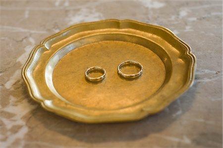 Wedding Rings Stock Photo - Premium Royalty-Free, Code: 600-03290206