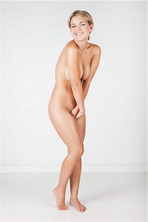 Nude Woman in Studio Stock Photo - Premium Royalty-Free, Code: 600-03405617