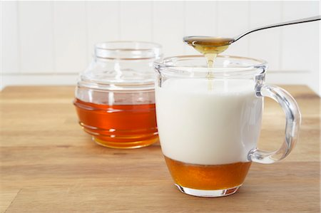 Honey and Milk Stock Photo - Premium Royalty-Free, Code: 600-03445177