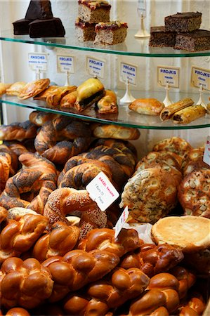 Baked Goods in Jewish Bakery, Paris, France Stock Photo - Premium Royalty-Free, Code: 600-03446130