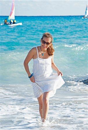 Woman at Beach, Playa del Carmen, Yucatan Peninsula, Mexico Stock Photo - Premium Royalty-Free, Code: 600-03456887
