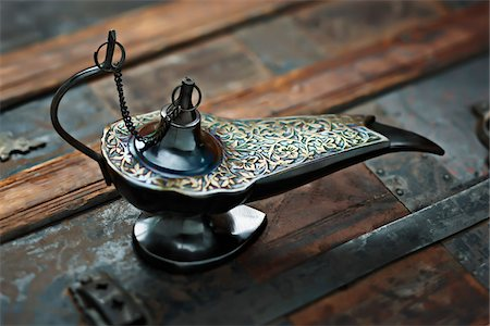 Close-up of Middle Eastern Style Oil Lamp Stock Photo - Premium Royalty-Free, Code: 600-03553417