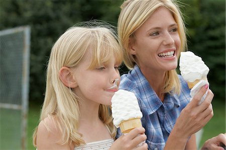 families eating ice cream - Mother and Daughter Eating Ice Cream Cones Stock Photo - Premium Royalty-Free, Code: 600-03601499