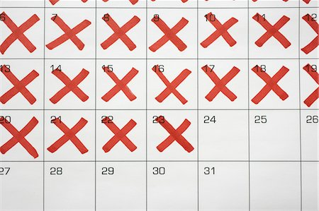 Calendar with X's up to the 24th Stock Photo - Premium Royalty-Free, Code: 600-03615739