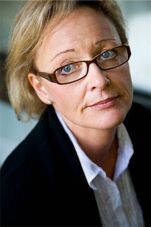 Portrait of Businesswoman, Willich, Dusseldorf Region, North Rhine-Westphalia, Germany Stock Photo - Premium Royalty-Free, Code: 600-03638622
