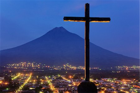 religious cross nobody - Cross and Volcan de Agua View From Cerro de la Cruz, Antigua, Sacatepequez Department, Guatemala Stock Photo - Premium Royalty-Free, Code: 600-03638801