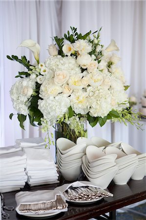 Utensils, Dishes and Flowers at Wedding Reception Stock Photo - Premium Royalty-Free, Code: 600-03644688