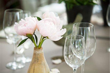 peony - Flower Arrangement and Wine Glasses Stock Photo - Premium Royalty-Free, Code: 600-03644899