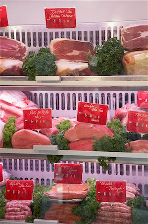 Meat in Display Case, St Tropez, Var, Provence, Provence-Alpes-Cote d'Azur, France Stock Photo - Premium Royalty-Free, Code: 600-03644947