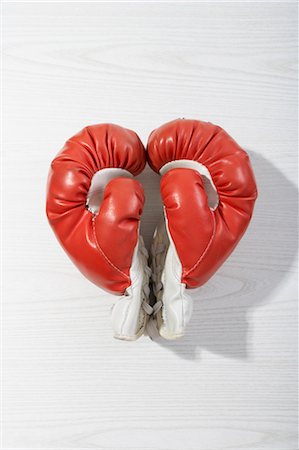 pair - Boxing Gloves in Heart Shape Stock Photo - Premium Royalty-Free, Code: 600-03682029