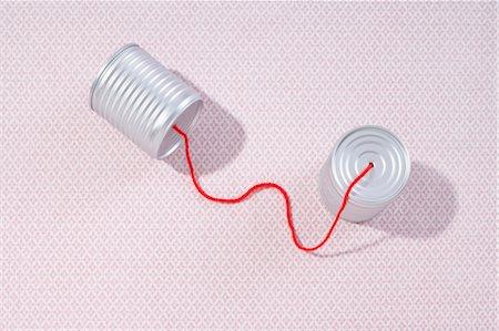 string - Tin Can Telephone Stock Photo - Premium Royalty-Free, Code: 600-03682035