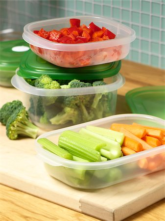 Vegetables in Reusable Containers Stock Photo - Premium Royalty-Free, Code: 600-03738408