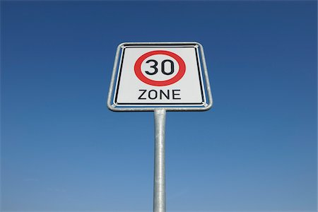 Traffic Sign, Hesse, Germany Foto de stock - Sin royalties Premium, Código: 600-03762503