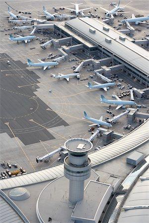 Lester B Pearson International Airport, Toronto, Ontario, Canada Stock Photo - Premium Royalty-Free, Code: 600-03777107