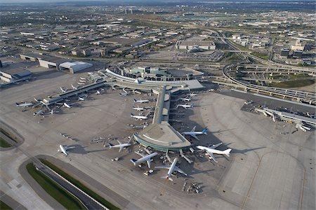 Lester B Pearson International Airport, Toronto, Ontario, Canada Stock Photo - Premium Royalty-Free, Code: 600-03777116