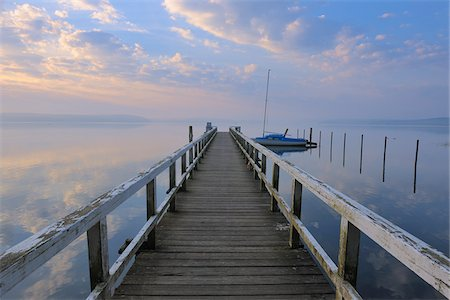 Sunrise and Jetty at Plauer See, Plau am See, Mecklenburg Lake District, Mecklenburg-Vorpommern, Germany Stock Photo - Premium Royalty-Free, Code: 600-03787189