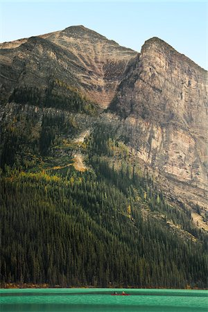 Lake Louise, Banff National Park, Alberta, Canada Stock Photo - Premium Royalty-Free, Code: 600-03805331