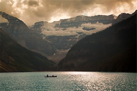 Mount Victoria and Lake Louise with Canoeists, Banff National Park, Alberta, Canada Stock Photo - Premium Royalty-Free, Code: 600-03805332