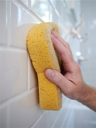 Cleaning Bathroom Grout, Toronto, Ontario, Canada Stock Photo - Premium Royalty-Free, Code: 600-03814921