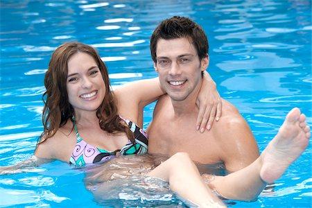 Couple in Pool, Reef Playacar Resort and Spa, Playa del Carmen, Mexico Stock Photo - Premium Royalty-Free, Code: 600-03891037