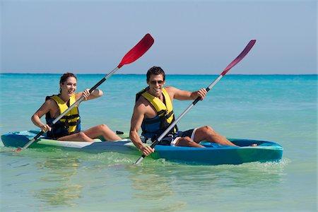 Couple Kayaking, Reef Playacar Resort and Spa, Playa del Carmen, Mexico Stock Photo - Premium Royalty-Free, Code: 600-03891041