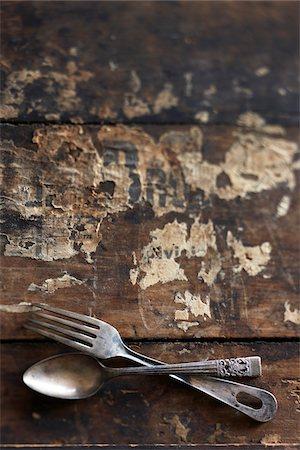 Antique Cutlery Stock Photo - Premium Royalty-Free, Code: 600-03891292
