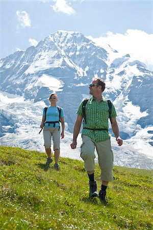 Couple Hiking, Bernese Oberland, Switzerland Stock Photo - Premium Royalty-Free, Code: 600-03907134