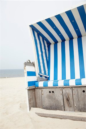Chair on Beach, Westerland, Sylt, North Sea, Schleswig-Holstein, Germany Stock Photo - Premium Royalty-Free, Code: 600-03907401