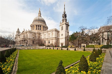 View from formal garden of St. Paul's Cathedral, London Stock Photo - Premium Royalty-Free, Code: 614-05650890