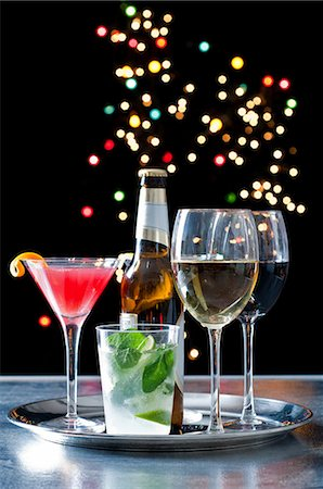 sparkling - Selection of alcoholic drinks on a tray Stock Photo - Premium Royalty-Free, Code: 614-06002052