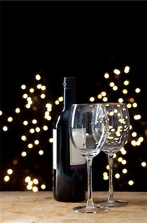 sparkling - Bottle of red wine and two glasses Stock Photo - Premium Royalty-Free, Code: 614-06002063