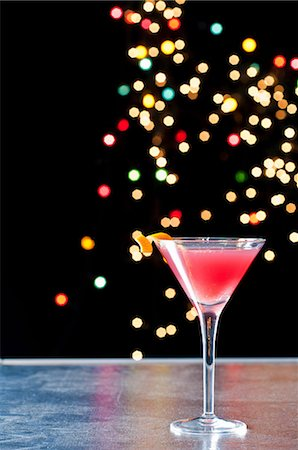 sparkling - Cosmopolitan cocktail Stock Photo - Premium Royalty-Free, Code: 614-06002071