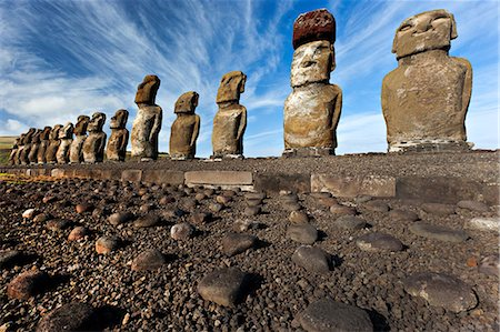 french polynesia - Moai statues, ahu tongariki, easter island, polynesia Stock Photo - Premium Royalty-Free, Code: 614-06002485