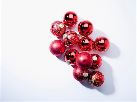 Baubles, studio shot Stock Photo - Premium Royalty-Free, Code: 614-06044148