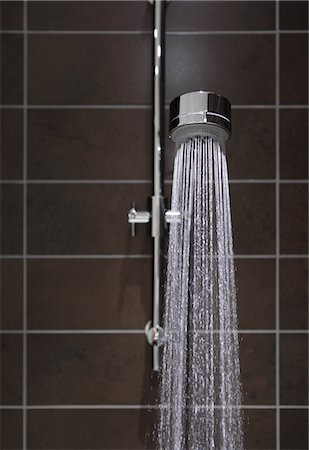 shower - Running water in shower Stock Photo - Premium Royalty-Free, Code: 614-06402946