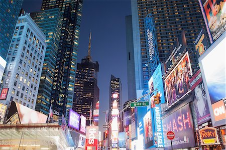 Illuminated billboards in Times Square Stock Photo - Premium Royalty-Free, Code: 614-06718923