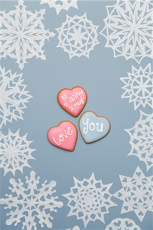 snowflakes  holiday - Illustration of heart shaped cookies Stock Photo - Premium Royalty-Free, Code: 614-06719353