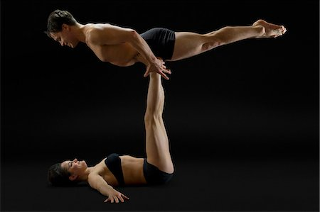 dependable - Mid adult couple performing modern dance Stock Photo - Premium Royalty-Free, Code: 614-06814290