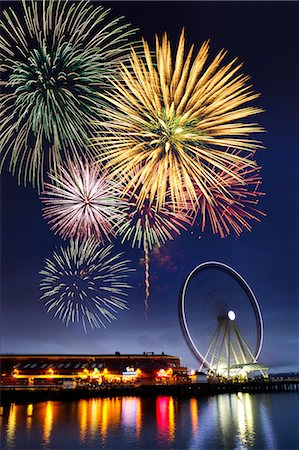fireworks - Fireworks and dock at Puget Sound, Seattle, USA Stock Photo - Premium Royalty-Free, Code: 614-06814310