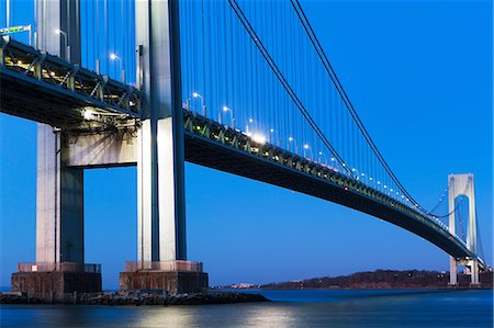 estructura - Verrazano-narrows bridge at sunset, New York City, USA Foto de stock - Sin royalties Premium, Código: 614-06813300
