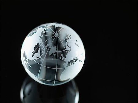 Glass Globe illustrating North America, Europe, Russia and Africa Stock Photo - Premium Royalty-Free, Code: 614-06895653