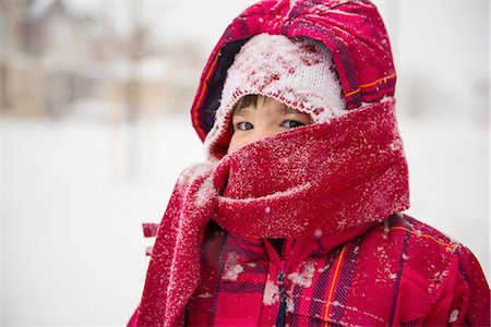 red - Girl wearing coat, scarf and hat with hood Stock Photo - Premium Royalty-Free, Code: 614-06897703