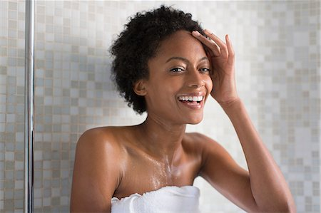Woman relaxing after bath Stock Photo - Premium Royalty-Free, Code: 614-06898150