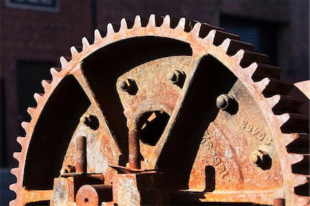 Close up detail of rusting cogwheel Stock Photo - Premium Royalty-Free, Code: 614-06974242