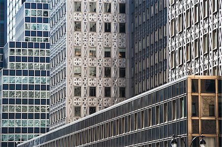 Close up side view of office buildings Stockbilder - Premium RF Lizenzfrei, Bildnummer: 614-06974264